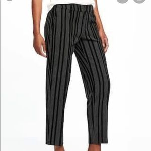 Old Navy Mid-Rise Harper Ankle Pants